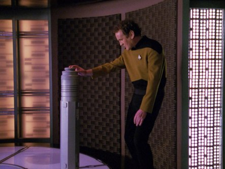 "Sonobuoy case used a transporter test cylinder in the TNG episode ""Hollow Pursuits""."