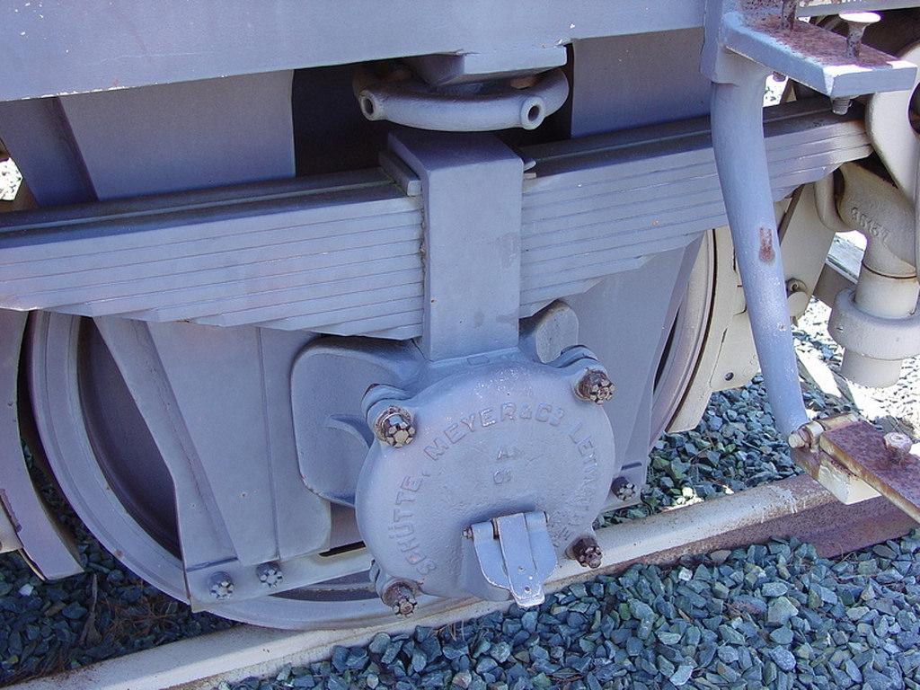 "Krupp K5 ""Leopold"" railway gun journal box wheel truck detail. (Image courtesy: ken-mcconnell.com)"