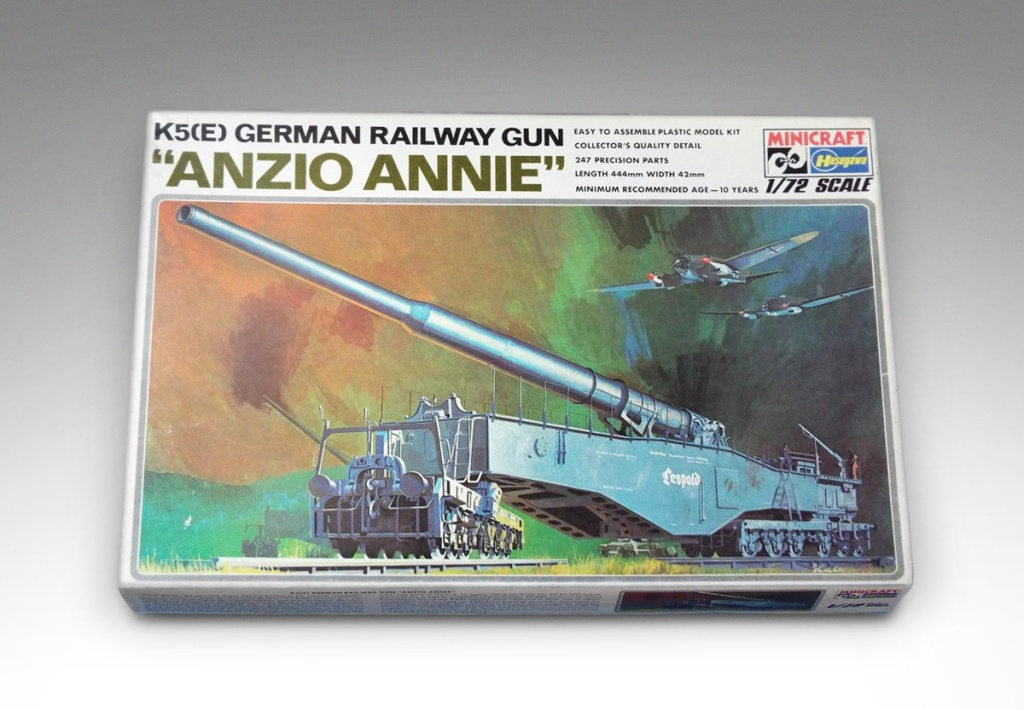 """Box for the Hasegawa 1:72 scale K5(E) German """"Anzio Annie"""" Railway Gun model kit (Kit Number 728) released in 1976."""